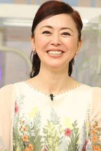 松田龍平,嫁,au,CM,タバコ,銘柄,画像